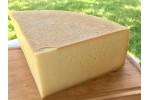 Brânză maturată  în vin roșu